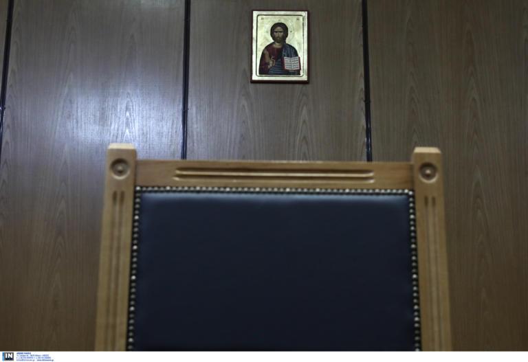 Κρήτη: Ένοχος ο πατέρας για την ασέλγεια στον 4χρονο γιο του – Αφέθηκε ελεύθερος
