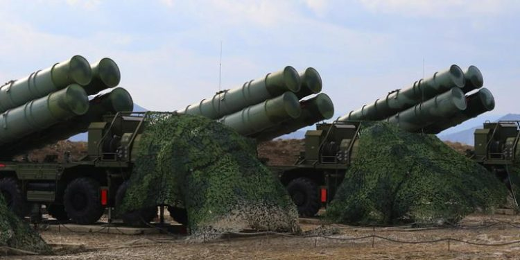 S-400: Ανησυχούν οι ΗΠΑ – Η Ινδία ζητά να εξοπλιστεί με ρωσικούς πυραύλους