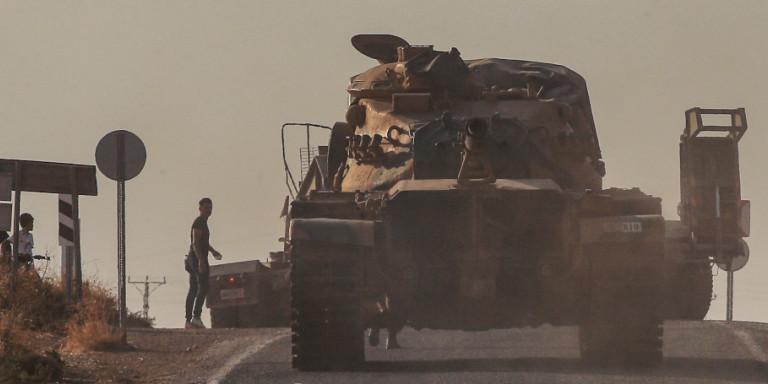 Συρία: Μπαίνει ο στρατός του Ασαντ στην Μανμπίτζ -Στην πόλη επιτίθεται ήδη η Τουρκία