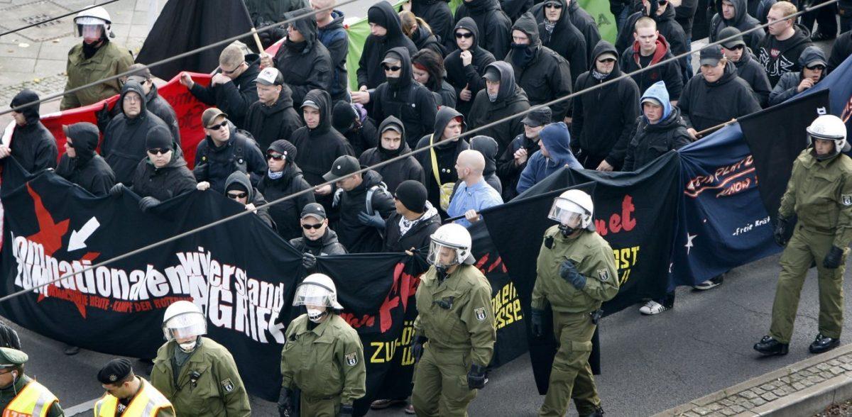 Γερμανία: Φόβους για γιγάντωση της ακροδεξιάς εκφράζουν οι μυστικές υπηρεσίες