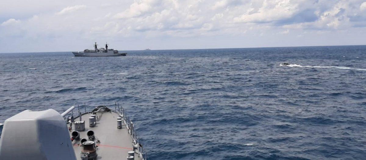 Στο «κόκκινο» η ένταση στην Κάρπαθο: ΠΝ & τουρκικό Ναυτικό ασκούνται με πραγματικά πυρά στην ίδια περιοχή την ίδια ώρα!
