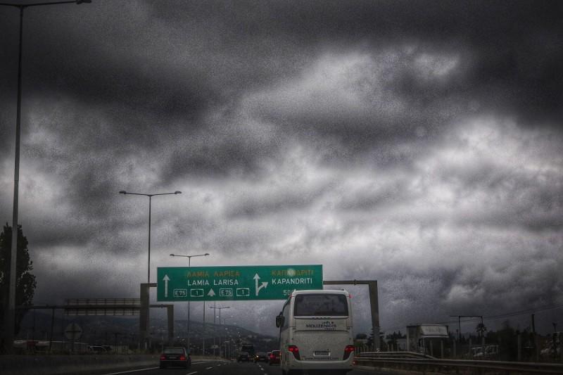 Ισχυρές καταιγίδες από σήμερα μέχρι την Κυριακή! Ραγδαία επιδείνωση του καιρού