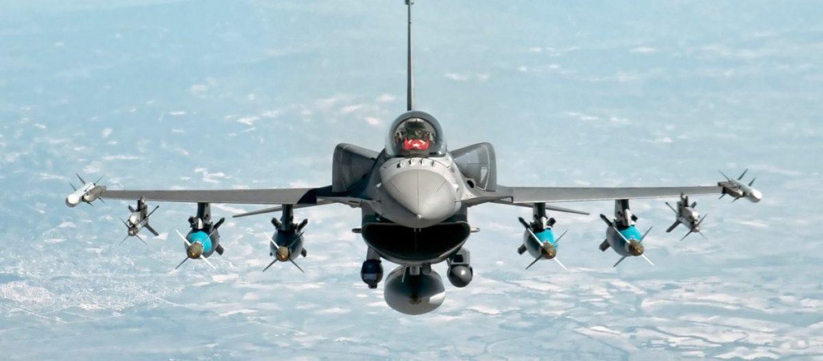 Ξεκίνησε η εισβολή; – Η Τουρκία βομβαρδίζει κουρδικούς στόχους στην Συρία ανατολικά του Ευφράτη με μαχητικά & πυροβολικό