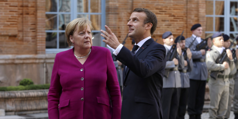 Εξελίξεις στο Brexit -Μακρόν: Ετοιμη η συμφωνία -Μέρκελ: Το τελικό σπρίντ