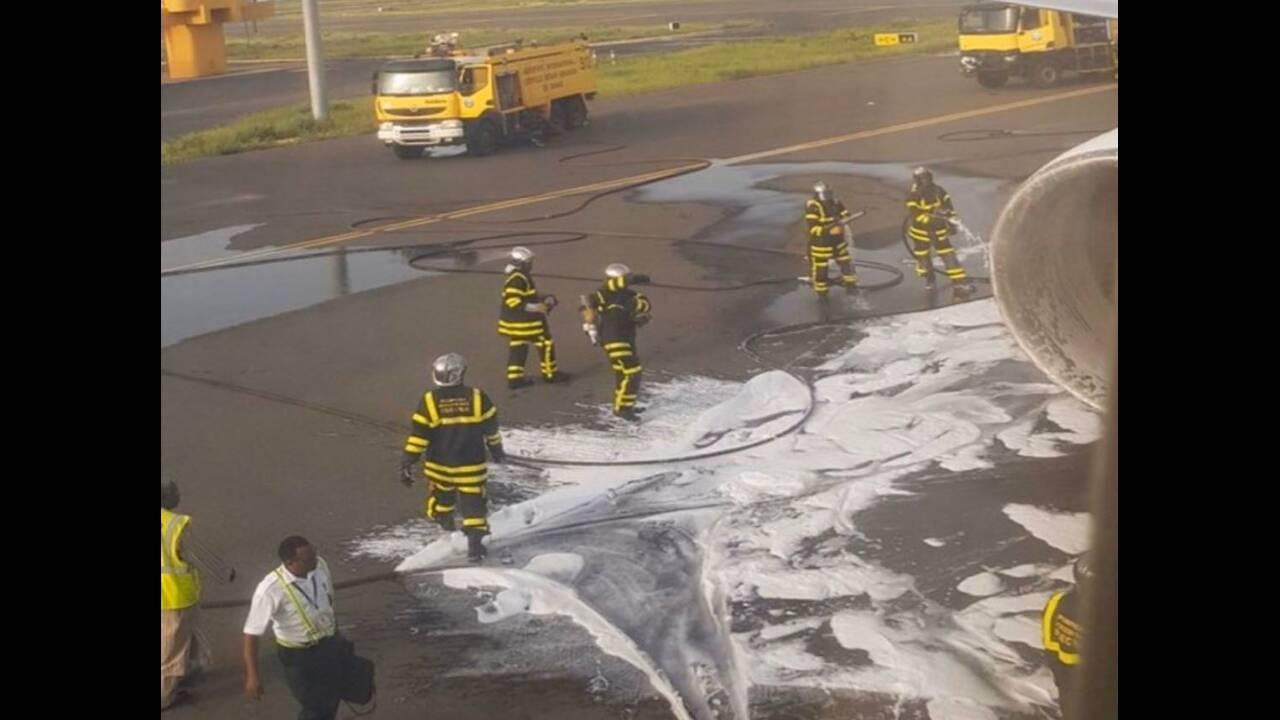 Καρδιοχτύπησαν οι επιβάτες: Αναγκαστική προσγείωση αεροσκάφους λόγω φωτιάς στον κινητήρα