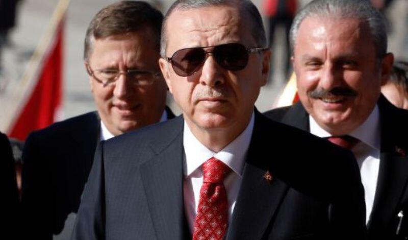 Τα «γυρίζει» ο Ερντογάν: Λέει ότι θα συναντηθεί με τους Πενς, Πομπέο