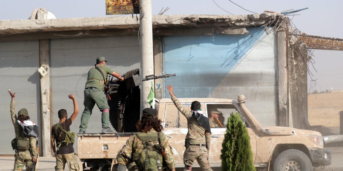 Συρία: Σε θέσεις μάχης Τούρκοι, Σύροι και Κούρδοι για το Μάνμπιτζ