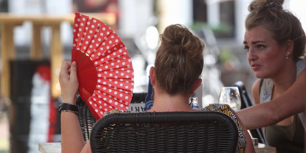 Πρόγνωση καιρού: Συνεχίζεται ο «Αύγουστος» και την Πέμπτη – Στους 29 βαθμούς η θερμοκρασία