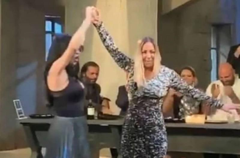 """""""Στην υγειά μας ρε παιδιά"""": Το τσιφτετέλι Πάολας και Μελίνας Ασλανίδου που γκρέμισε το διαδίκτυο!"""
