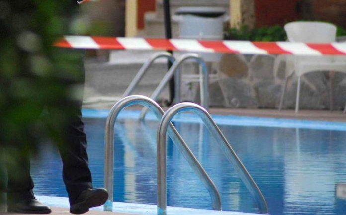 Ηλικιωμένος άνδρας βρέθηκε νεκρός στην πισίνα του σπιτιού του