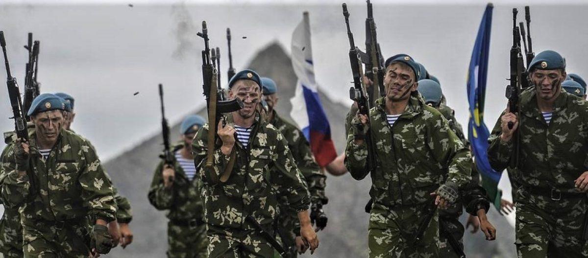 ΕΚΤΑΚΤΟ: Ρωσική αεραπόβαση ανατολικά του Ευφράτη: Μεταφέρονται εκατοντάδες κομάντο στο αεροδρόμιο του Καμίσλι