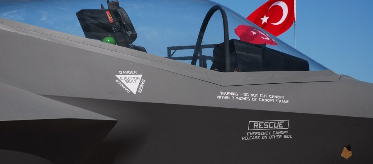 Άρση όλων των κυρώσεων στην Τουρκία ανακοίνωσε ο Λευκός Οίκος – Χ.Ακάρ: Θα ξεπεράσουμε και το πρόβλημα με τα F-35!