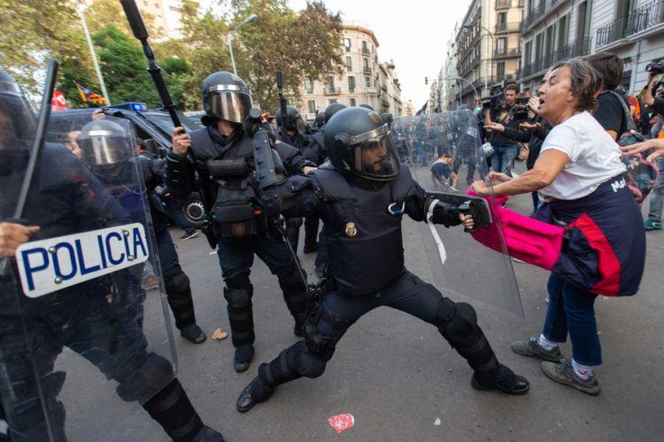 Ισπανία – Στους δρόμους κι αυτό βράδυ οι αυτονομιστές