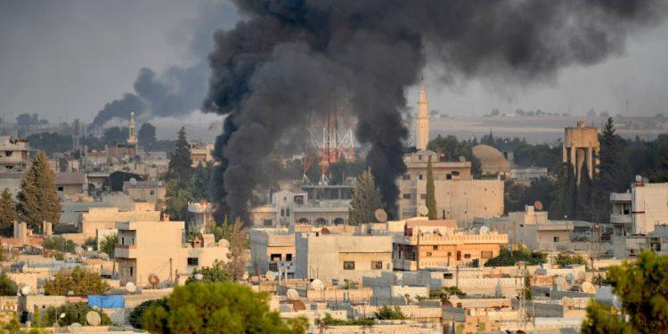 Συρία: Νεκροί 14 άμαχοι από τους τουρκικούς βομβαρδισμούς παρά την «εκεχειρία»
