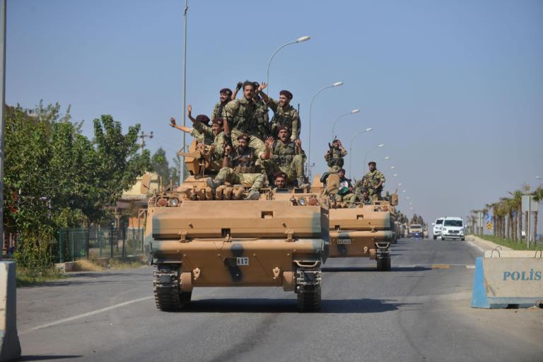 Ο συριακός Στρατός μπήκε στην Μάνμπιτζ & φτάνει σε Κομπάνι και Ράκκα! – Οι Κούρδοι κατέλαβαν την Ras al-Ayn!