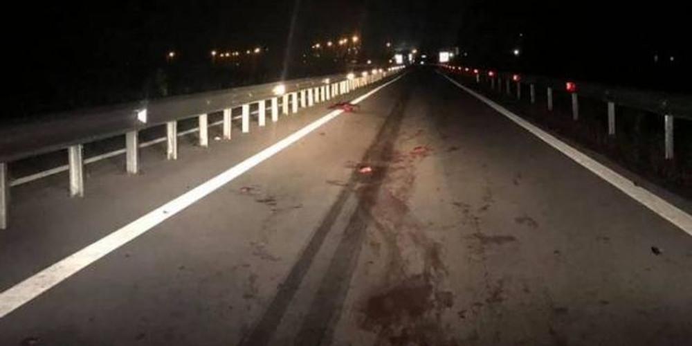 Τραγωδία στη Θεσσαλονίκη: Φρικτό τροχαίο με τρεις νεκρούς και 12 τραυματίες