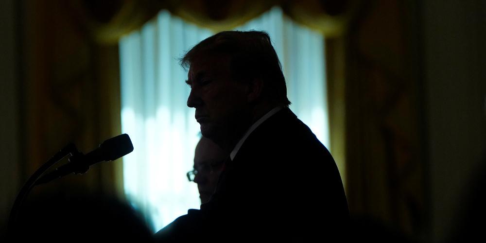 Στη… γωνία ο Τραμπ για την αποχώρηση από τη Συρία – Δέχεται «βέλη» από παντού