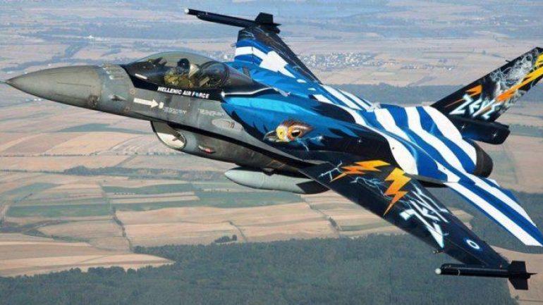 Μαχητικά αεροσκάφη «έσκισαν» τον ουρανό στο Ηράκλειο