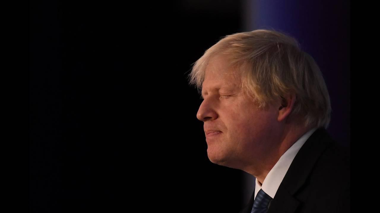 Κάλπες υψηλού ρίσκου: Η τελευταία ζαριά του Τζόνσον θέτει σε κίνδυνο ακόμη και το ίδιο το Brexit