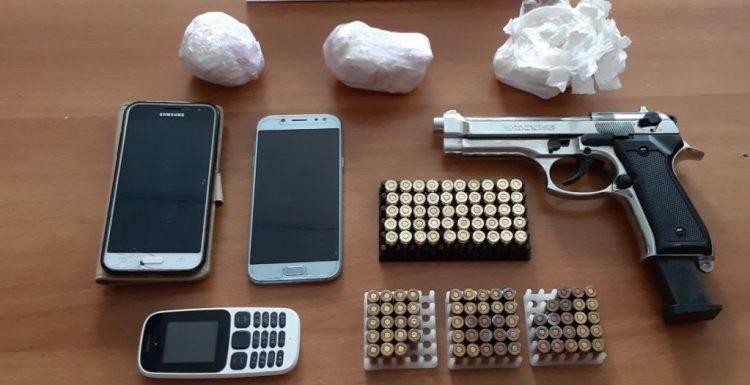Ζευγάρι διακινούσε κοκαΐνη στην Κρήτη … με όπλο και σφαίρες