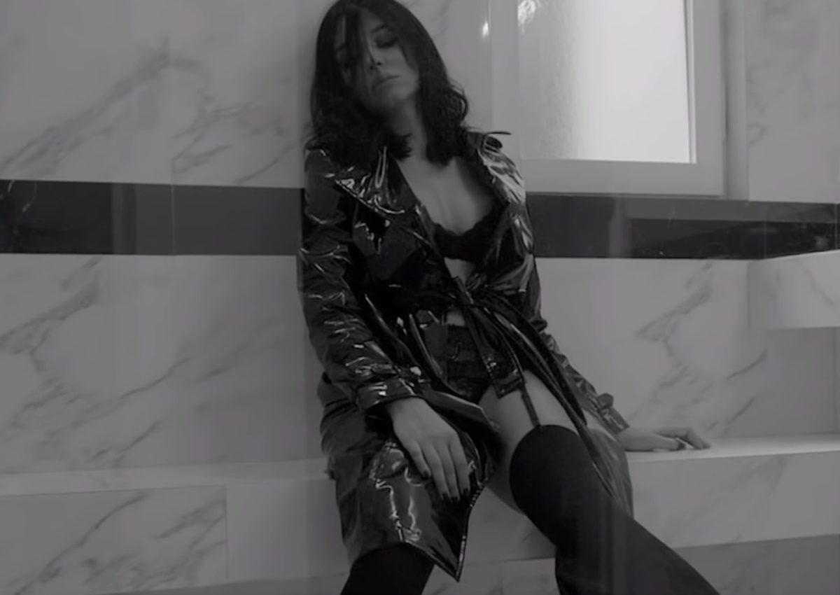 Χριστίνα Στεφανίδη: Κλέβει τις εντυπώσεις με την εμφάνισή της στο νέο video clip του Θοδωρή Φέρρη!