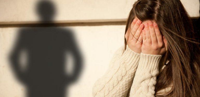 Κρήτη: Βίαζε την ανήλικη κόρη του και προσπαθούσε να το δικαιολογήσει