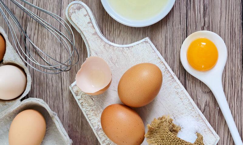 Έξι πράγματα που συμβαίνουν στο σώμα σας όταν τρώτε τακτικά αυγά (video)