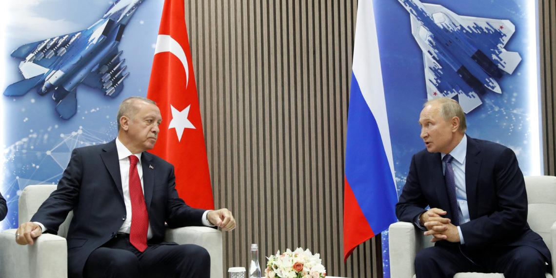 Συνεχίζει τα παιχνίδια σε «διπλό ταμπλό» ο Ερντογάν – Συνάντηση με Πούτιν τον Ιανουάριο