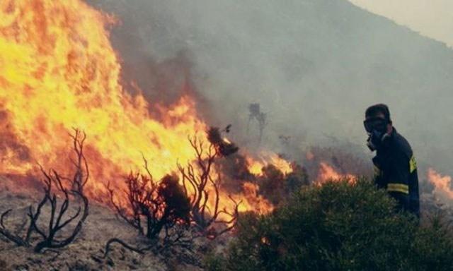 Φωτιά στις Κορφές – Πνέουν ισχυροί νοτιάδες