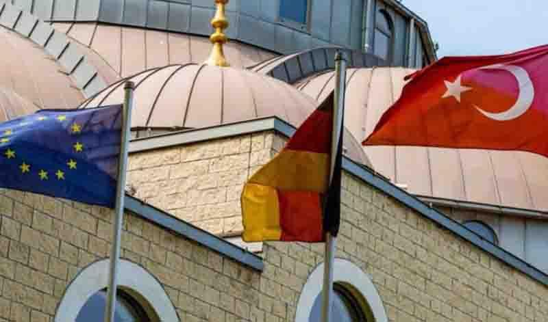 Κατασκοπευτικό θρίλερ για Γερμανία – Τουρκία: Σύλληψη δικηγόρου της γερμανικής πρεσβείας