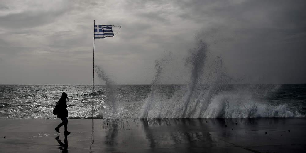 Καιρός: Πού θα «χτυπήσουν» οι βροχές σήμερα – Βελτίωση στην Αττική
