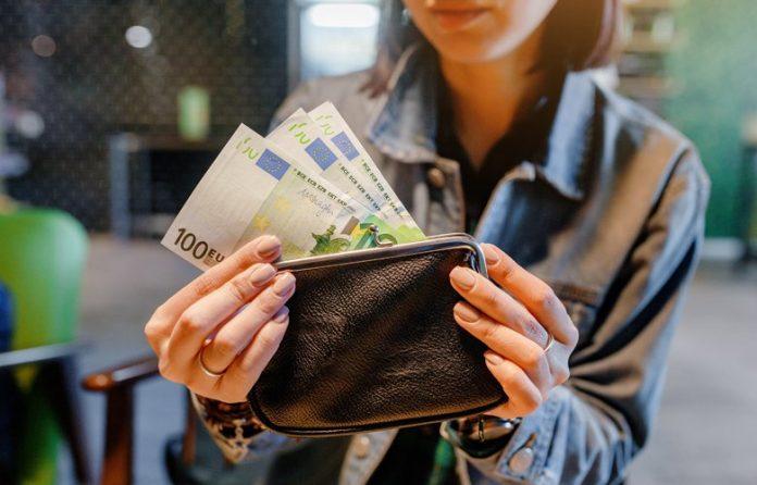 Κοινωνικό Μέρισμα: Στον «αέρα» 40.000 δικαιούχοι – Δεν πήραν ούτε ευρώ