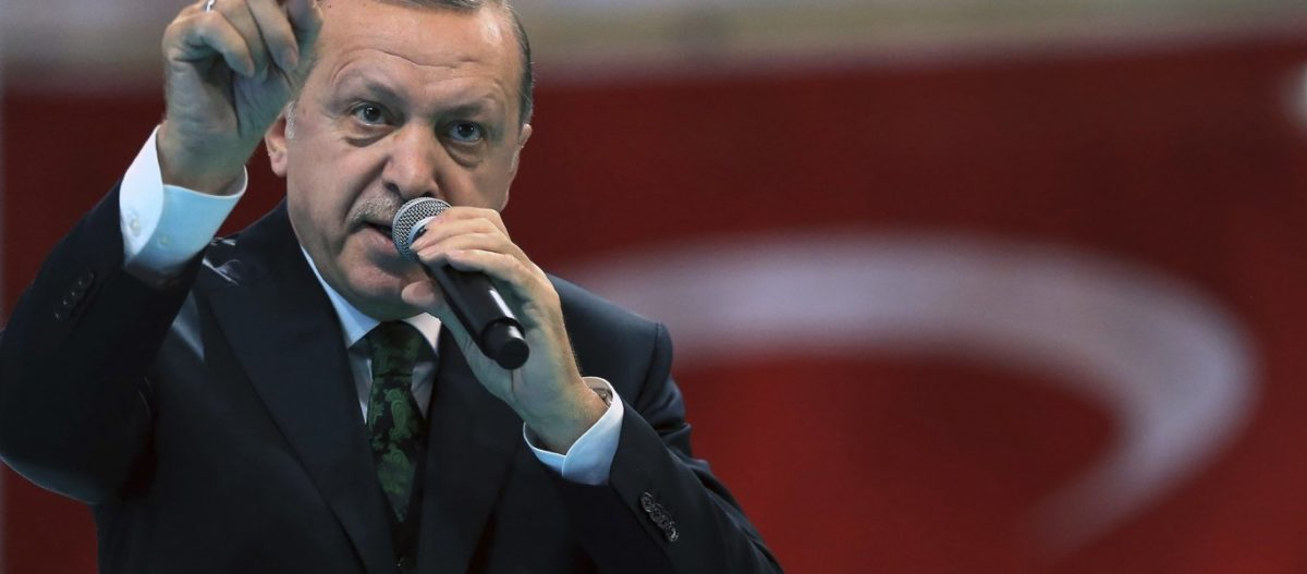 Απειλητικά μηνύματα Ερντογάν με αποδέκτη την Ελλάδα: «Κανείς δεν θα μας λυγίσει σε Βαλκάνια και Α.Μεσόγειο»