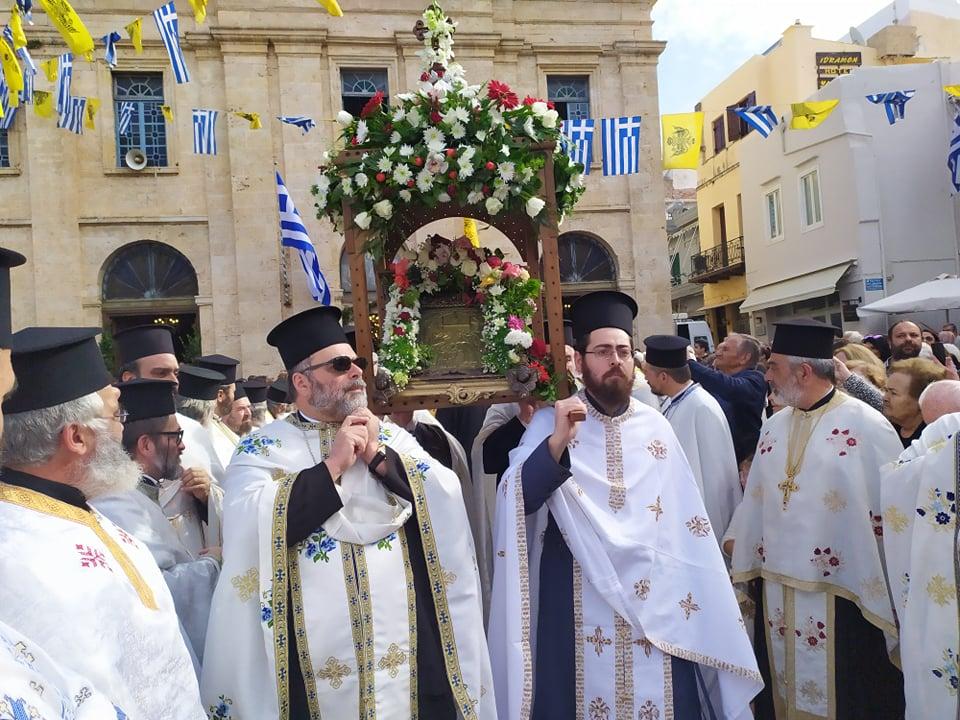 Τα Χανιά τιμούν την προστάτιδά τους – Λαμπρός ο εορτασμός των Εισοδίων της Θεοτόκου (pics+vid)