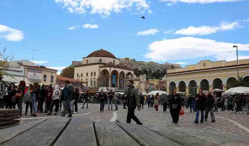 Αθήνα: Η φυγή των κατοίκων και η «τουριστικοποίηση» του κέντρου