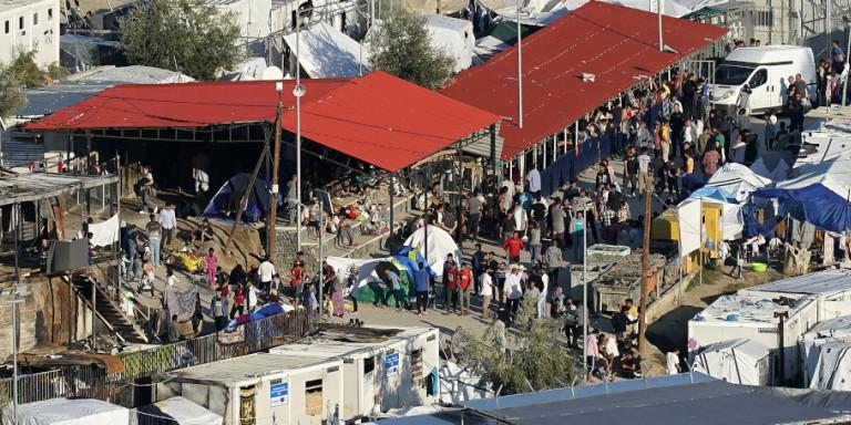 Ξεπέρασε κάθε ρεκόρ ο αριθμός των προσφύγων στη Μόρια -16.000 άτομα στο ΚΥΤ