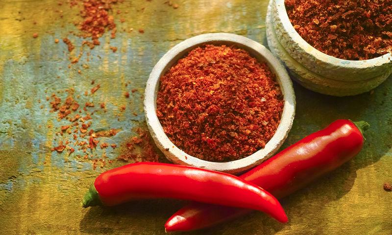 Κόκκινο πιπέρι: 9 σημαντικά οφέλη για την υγεία σας (εικόνες)