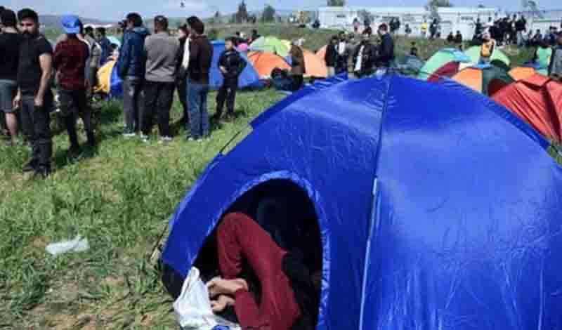 Πέτσας και Στεφανής ανακοινώνουν την Τετάρτη το κυβερνητικό σχέδιο για τους μετανάστες