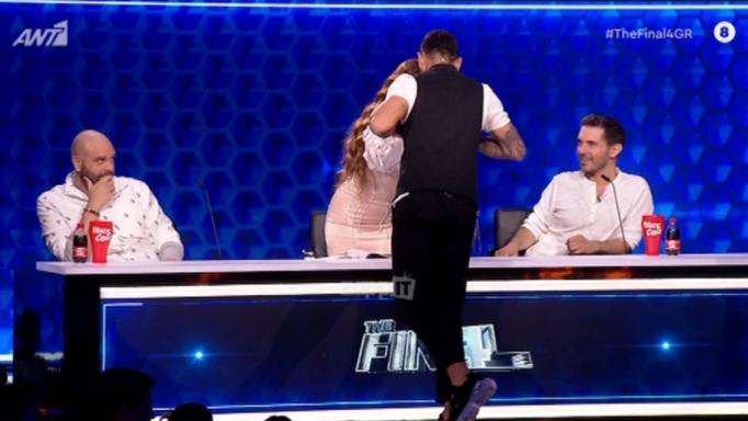 Από το X Factor στο Final Four με… άλλη καρδιά! Ο Γιώργος Στεφάνου «γκρέμισε» τις καρέκλες