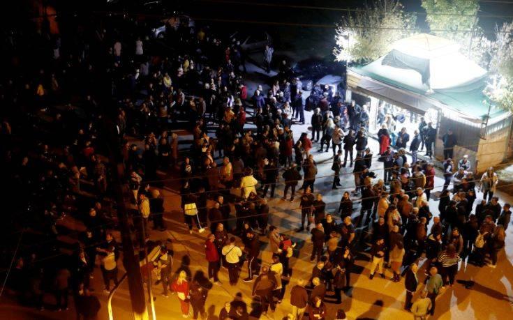 Διαβατά: Πολίτες κινήθηκαν προς το κέντρο φιλοξενίας – Εμποδίστηκαν από αστυνομικές δυνάμεις