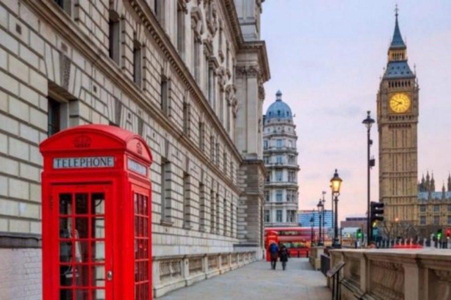 «Στο Λονδίνο πληρωνόμουν για να κάνω έρωtα, μια μέρα απλά το σταμάτησα»