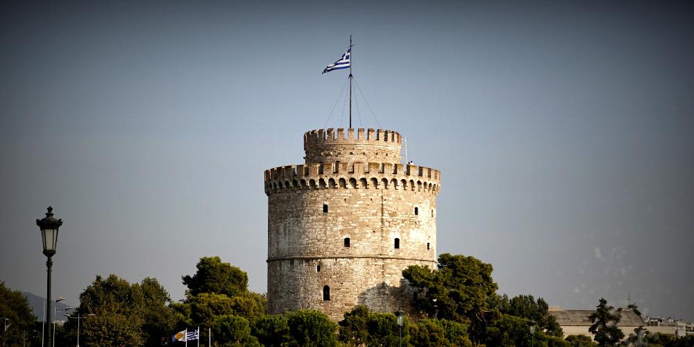 Ριζικές αλλαγές στη Θεσσαλονίκη: Ξύλινο ντεκ στην παραλία και αποτεφρωτήριο ανθρώπων και ζώων