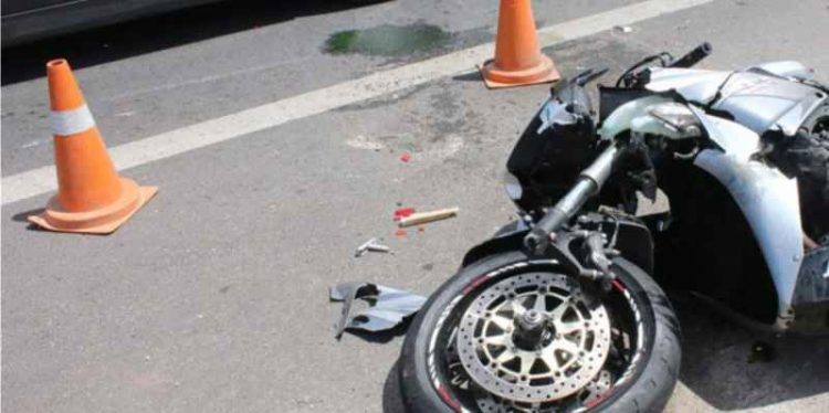 """Τροχαίο με το """"καλημέρα"""" – Μοτοσικλετιστής στο ΠΑΓΝΗ"""