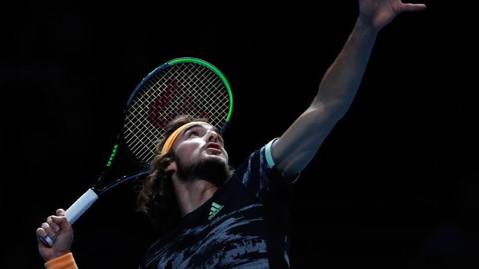 ATP Finals, Τσιτσιπάς-Ζβέρεφ 2-0 (6-3, 6-2): Ιστορική πρόκριση για τον Στέφανο!