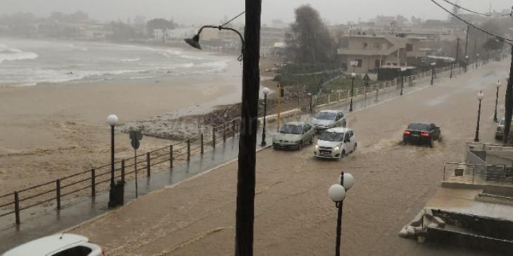 Στο έλεος της κακοκαιρίας η δυτική Κρήτη | ΒΙΝΤΕΟ & ΦΩΤΟ