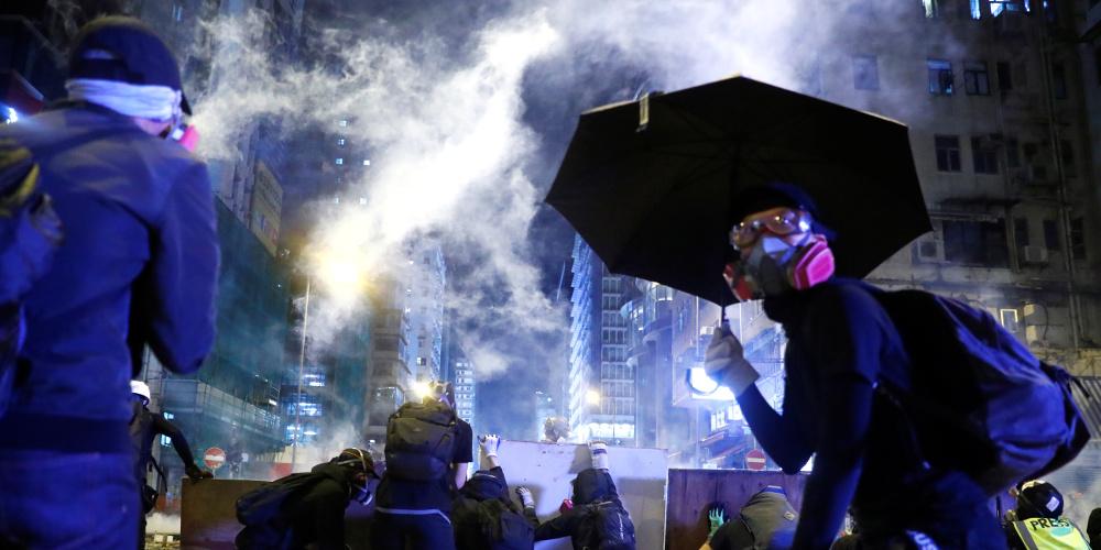 Χονγκ Κονγκ ώρα μηδέν: Γιατί γίνονται βίαιες διαδηλώσεις