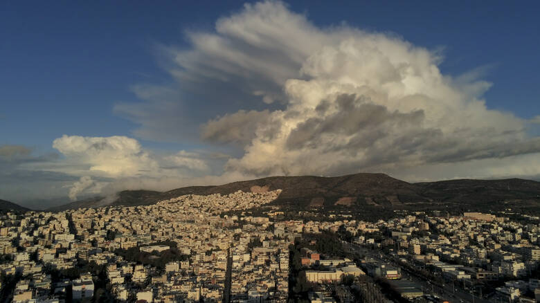 Κακοκαιρία «Διδώ»: Πώς θα εξελιχθεί σήμερα – Νέο κύμα ισχυρών βροχών από το απόγευμα