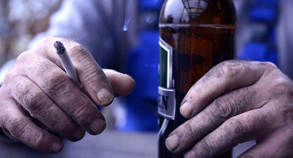 Καταστηματάρχες για αντικαπνιστικό: «Θέλουμε οι καπνιστές να μπορούν να έρθουν στα μαγαζιά μας»