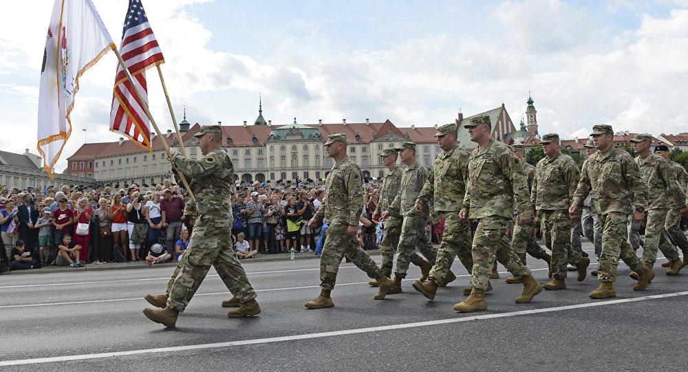 Οι ΗΠΑ φέρονται να ετοιμάζουν την ανάπτυξη επιπλέον 14.000 στρατιωτών και εξοπλισμού στη Μ. Ανατολή