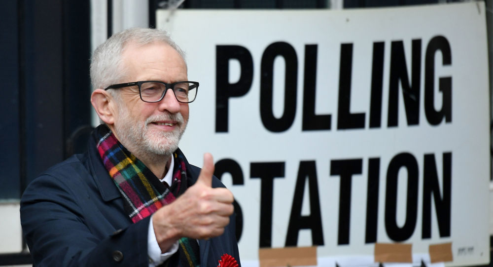 Brexit: Ο Τζέρεμι Κόρμπιν πάτησε σε δυο βάρκες και… πνίγηκε
